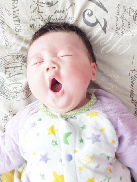 多動傾向から一転!あくびの連発!?重症心身障がい児にハンドリフレがもたらす効果とは?